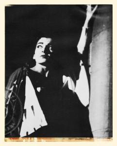 Maria Callas als große Tragödin im Norma-Kostüm.