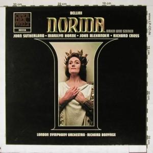 Joan Sutherland als Norma, in der alten Decca-Aufnahme.