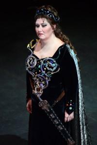 als Abigaille in Parma/Roberto Ricci/Weiler