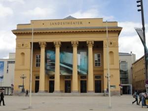 Ort des Geschehens - das schöne Tiroler Landestheater in Innsbruck/© TLT/Larl