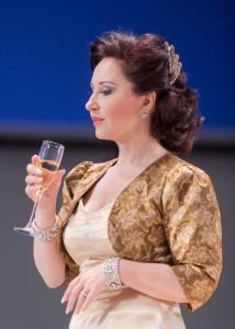 """Elena Moşuc in """"La Traviata"""" in Las Palmas de G. Canaria/c. Nacho González ACO 2014"""