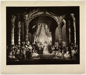 "Glyndebourne: ""Alceste"" mit Thomas hemsley, magda Laszlo und Richard Lewis 1953/Foto Angus McBean/Glyndebourne Archive"