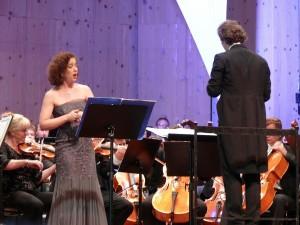 Strauss-Festival in Garmisch-Partenkirchen: Konzert  mit Juliane Banse und dem Rundfunk-Sinfonieorchester Prag, das unter der Leitung von Tomas Brauner /Foto Ilka Trautmann/Keisbote