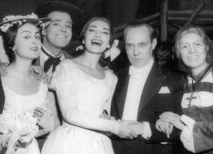 """Nicola Monti: Backstage bei der """"Sonnabula"""" an der Scala mit Eugenia Ratti, Monti, Maria Callas, Antonino Votto und Fiorenza Cossotto/Piccagliani/callaassoluta.tumbl.com"""