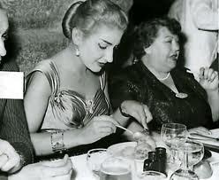Maria Callas und Elvira de Hidalgo, Schülerin und Lehrerin Athen 1957/Petsalis Diomidis