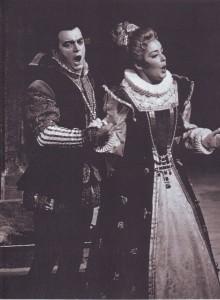 Sándor Kónya als Don Carlo mit Gwyneth Jones/Elisabetta in Tokyo/Foto Denker