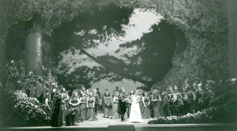 "Smareglias Oper ""La Falena"" am Teatro Verdi in Triest 1975/ Szene/ mit Dank an Carlo Medici und das Civico Museo Teatrale ""Carlo Schmidl"" in Triest"