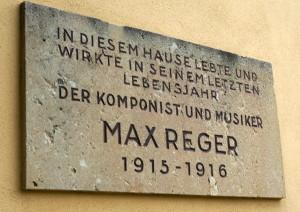 Gedenktafel für den Komponisten an der Villa in der Beethovenstraße in Jena. Foto: Winter