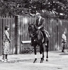 Bayreuth Furtwängler zu Pferd