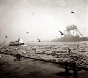 Hamburg: Stülkenwerft beim Hochwasser 1960/ Wiki