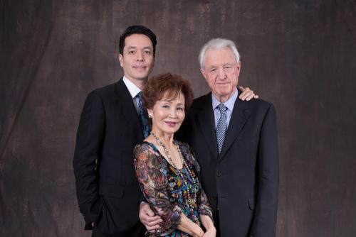 Klaus Heymann mit Ehefrau Takao Nishizaki und Sohn Henryk/©Emily Chu